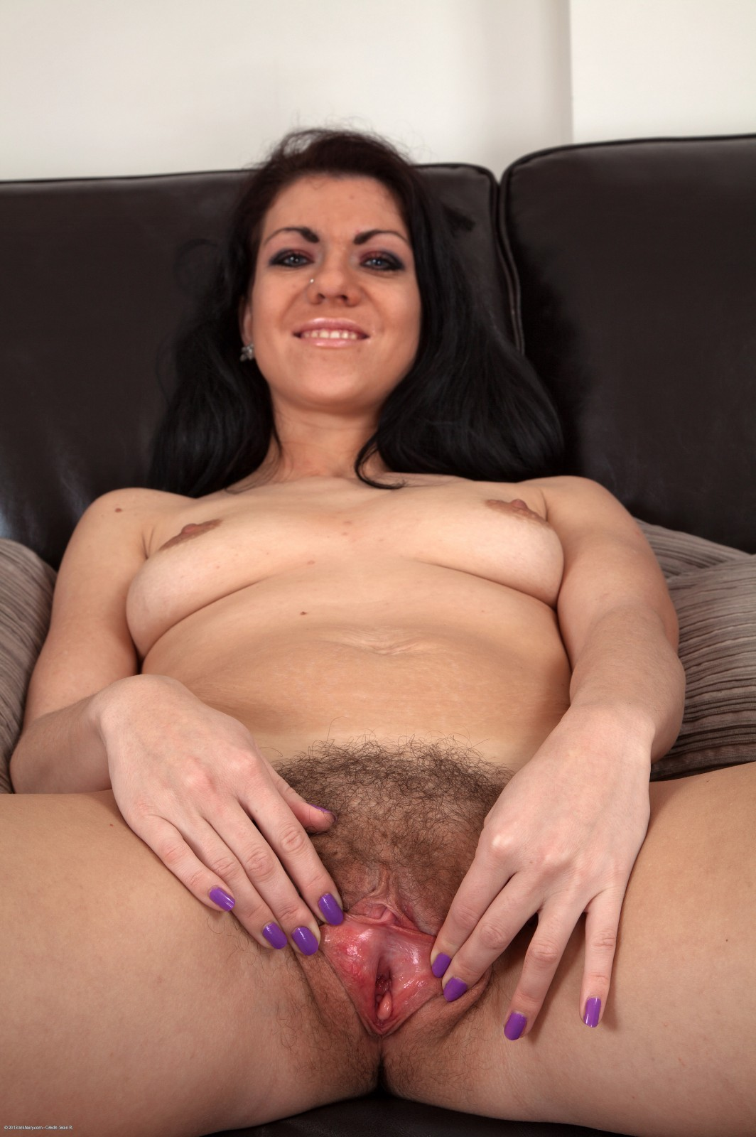 18 y o hairy pussy solo girl squirt 3