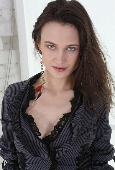 Engelina from ATK Hairy