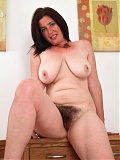 ATK Hairy model Janey