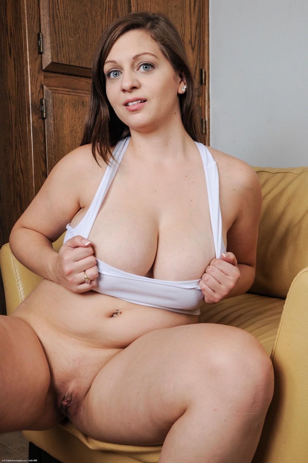 Jessica roberts big natural size tits Part 5