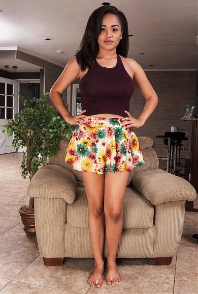 ATK Model Julie Kay