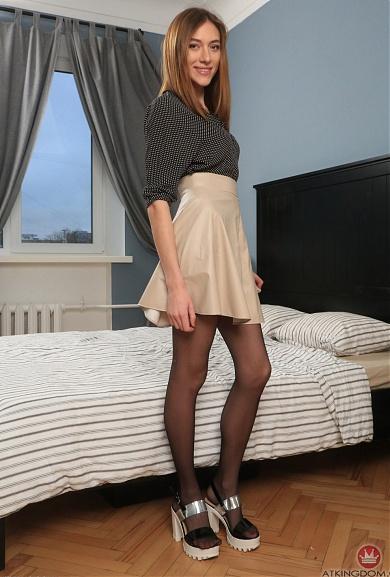 Lillian Hairy Pussy