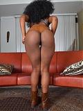 Black babe Rea Quinn