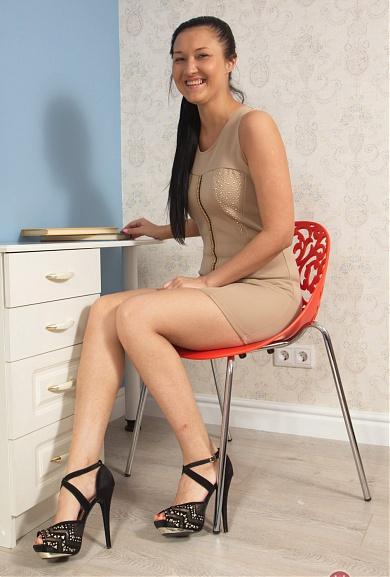 Hairy Vanessa Vaughn