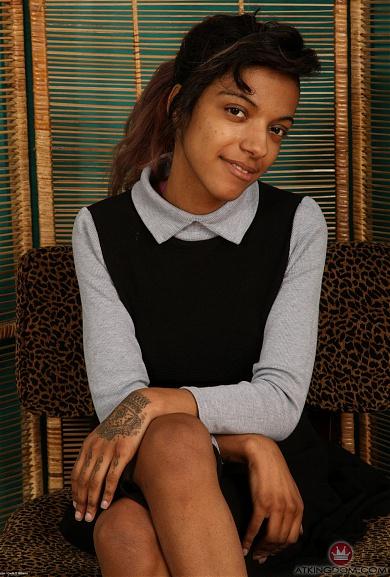 Hairy Girl Yvette